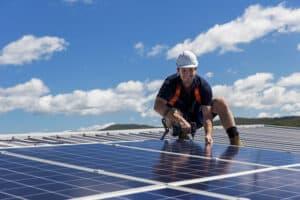 Erbjudanden solenergianläggning för BRF