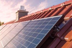 Solcellsystem för fastigheten
